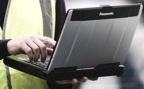 Panasonic начинает поставки полузащищенного ноутбука Toughbook CF-53